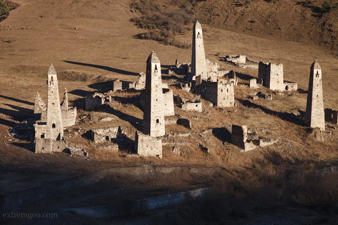 11. Во время путешествия по Ингушетии мы посетили башенные комплексы Вовнушки и Эрзи. Ингушские башн
