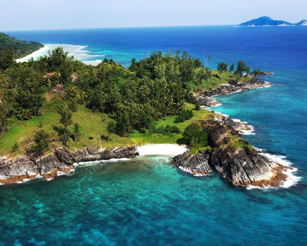 3. Сейшельские острова Сейшельские острова — мозаика из 115 островов у восточного побережья Африки.