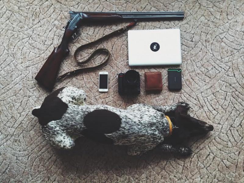 Имя: Томас Ауэр Возраст: 21 Страна: Чехия Занятие: фотограф и студент Список: ружье; ноутбук; мобиль