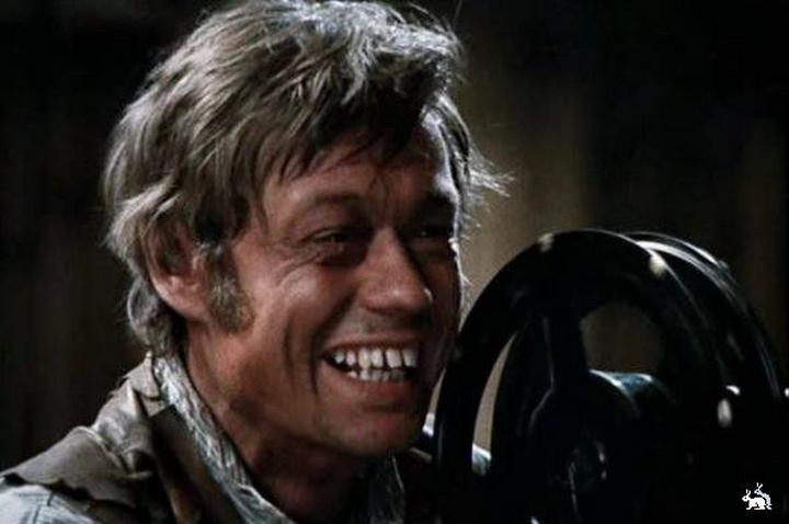 Сцену, в которой Билли Кинг по просьбе умирающего Фёста включает киноаппарат и от слез отчаяния пере