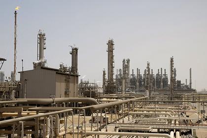 Российская Федерация весной снизила нефтедобычу на250 тыс. баррелей всутки