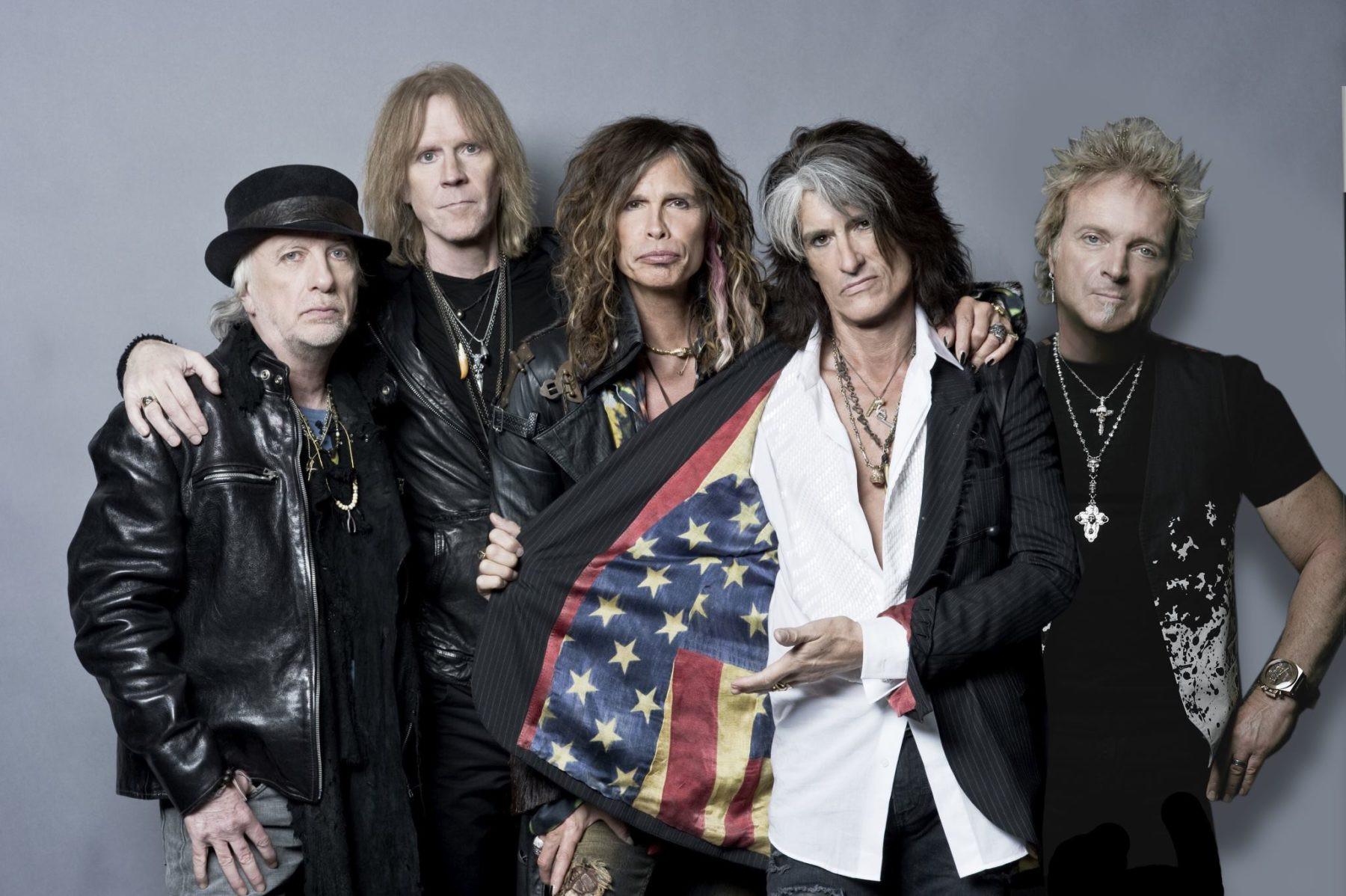 Рок-руппа Aerosmith исполнили песню вподдержку Манчестера наконцерте в столице