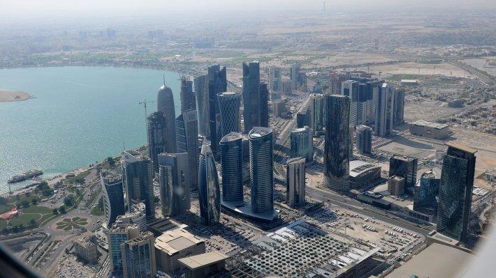 Во Франции полагают что санкции затрагивают население Катара