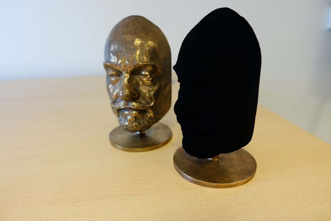 Vantablack 2.0 - The blackest black in the world is even more black