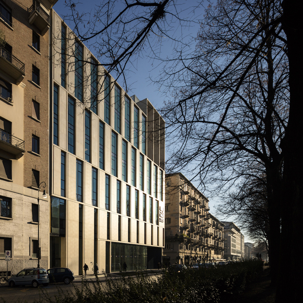 Office Building in Turin by Iotti + Pavarani Architetti and Artecna