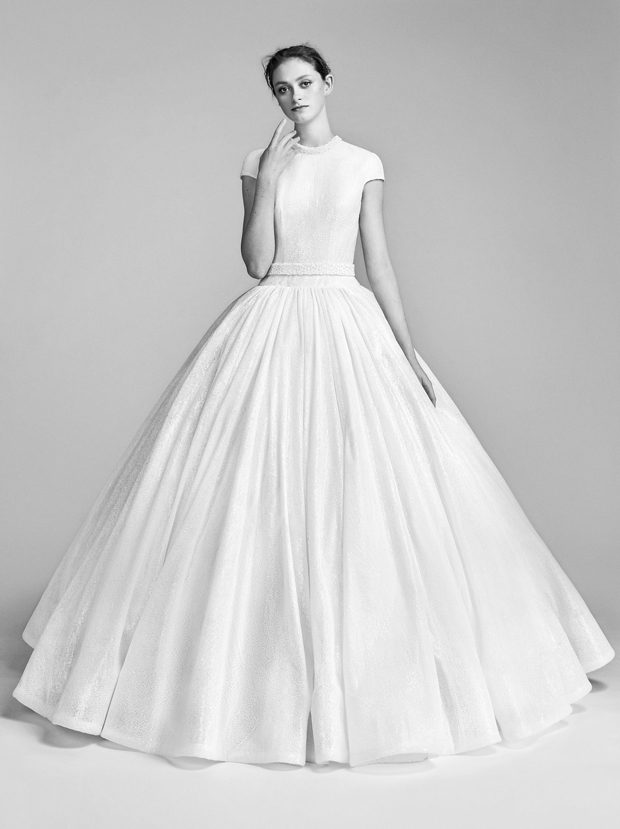 Viktor & Rolf Bridal Spring 2018 Collection