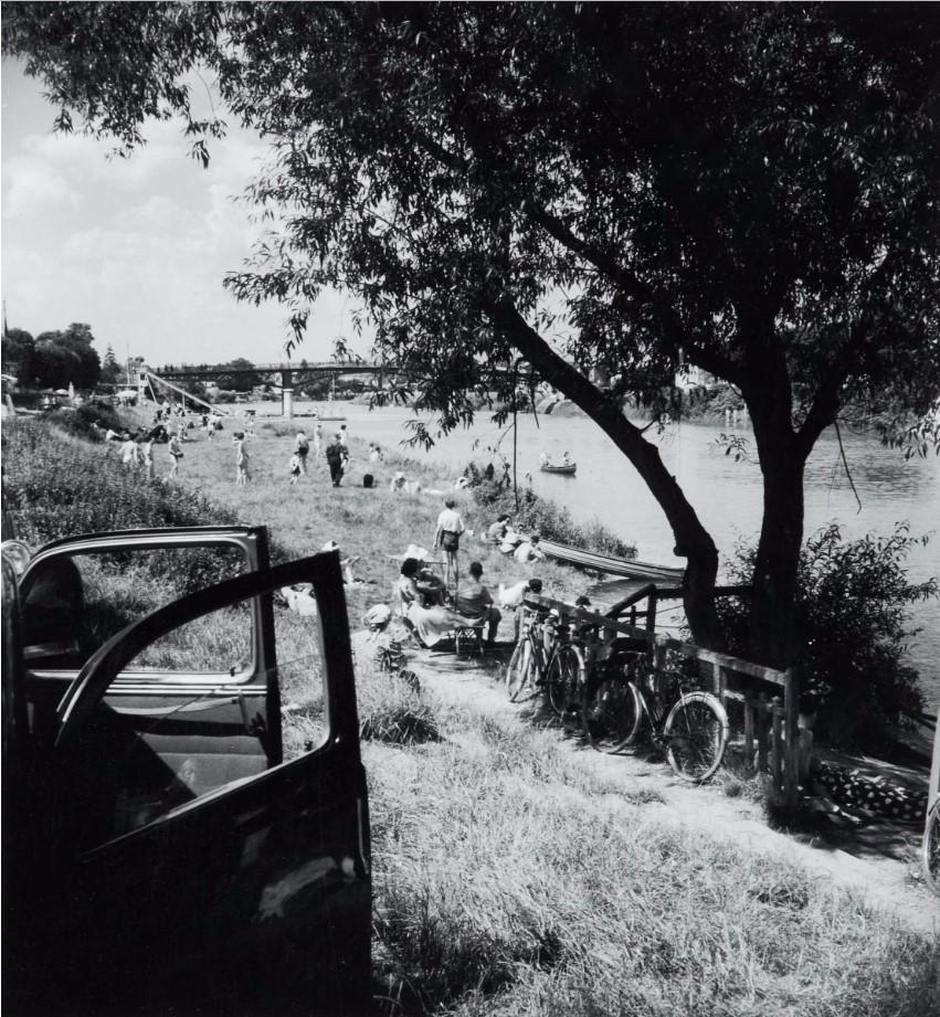 1947. На берегу Марны