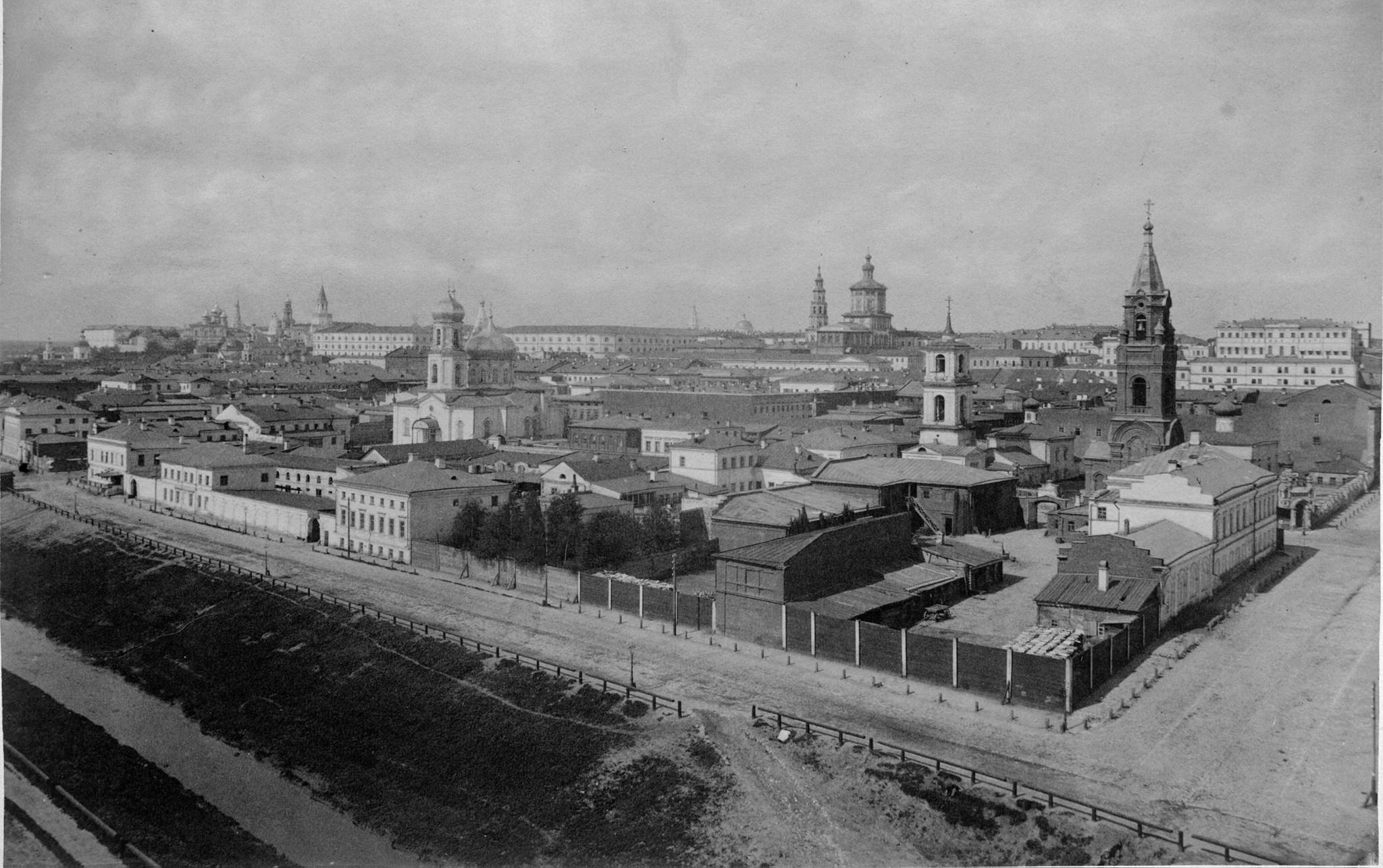 1879. Вид на город и протоку Булак