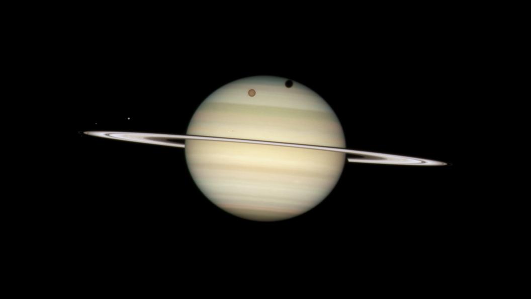 Космический аппарат «Кассини» впервый раз вистории человечества вошёл ватмосферу Сатурна