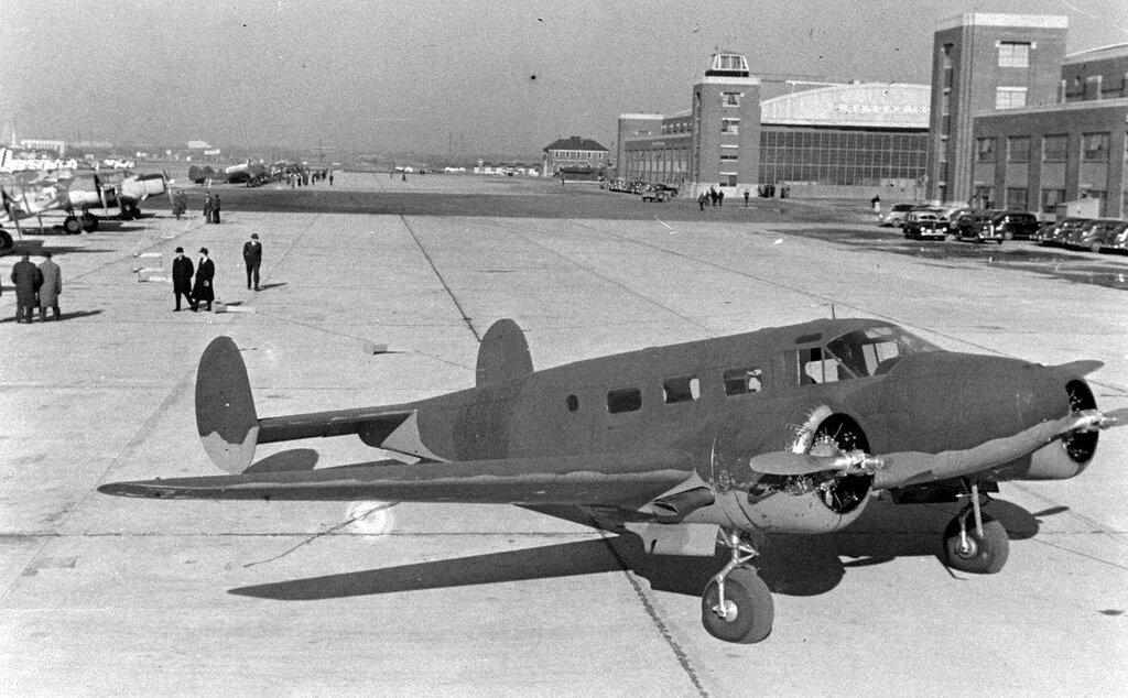 Beech 18 (C-45)