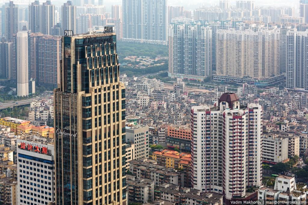 15. Этот квартал называется Xian Cun. На снимке можно разглядеть нагромождения бетонных коробок — эт