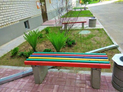 12_Углич_Лавочка во дворе.jpg