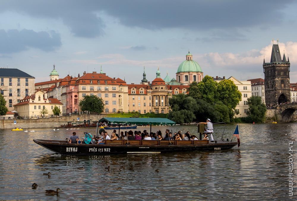 Prague 84.jpg