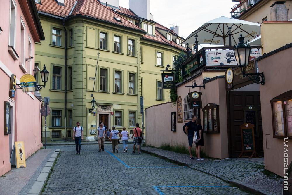 Prague 89.jpg