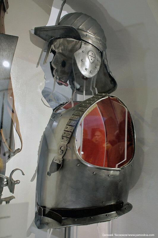 Лаврушинский пер. д17с1. музей. 09.08.17.09..jpg