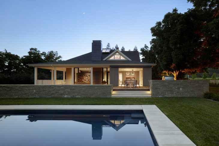 Bohlin Cywinski Jackson designed this charming farmhouse located in Calistoga, California Take a loo