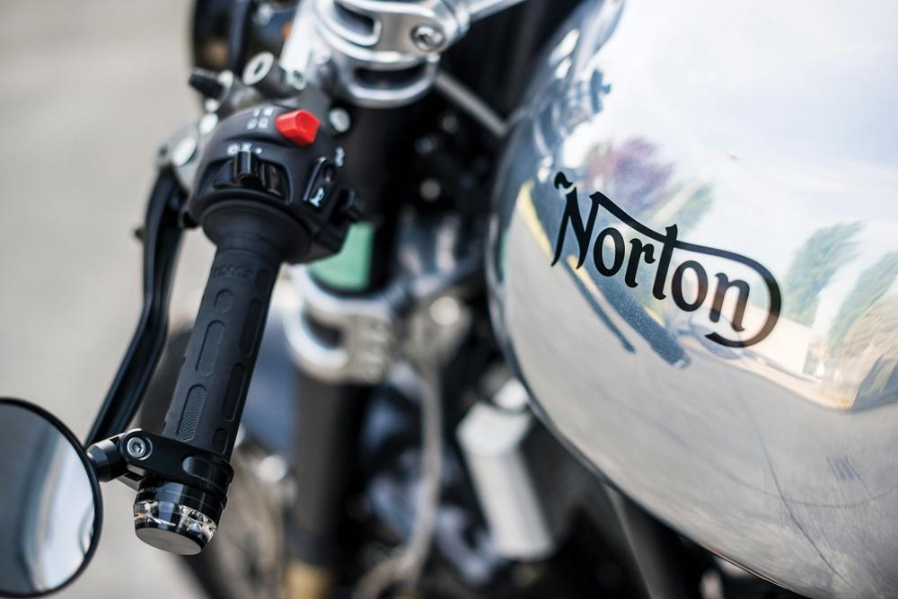 Norton Domiracer #001 продадут с аукциона