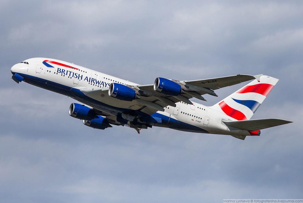 31. На днях Airbus предложил авиакомпаниям A380 c увеличенной на 80 кресел вместимостью. Этого