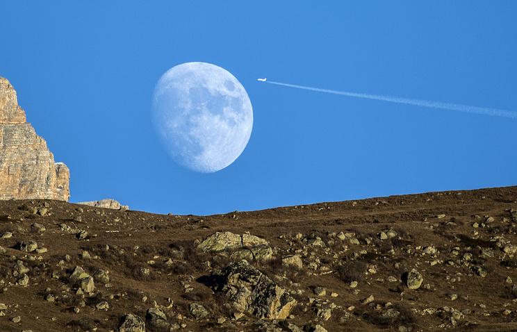 Роскосмос создаст интернациональную космическую станцию наорбите Луны