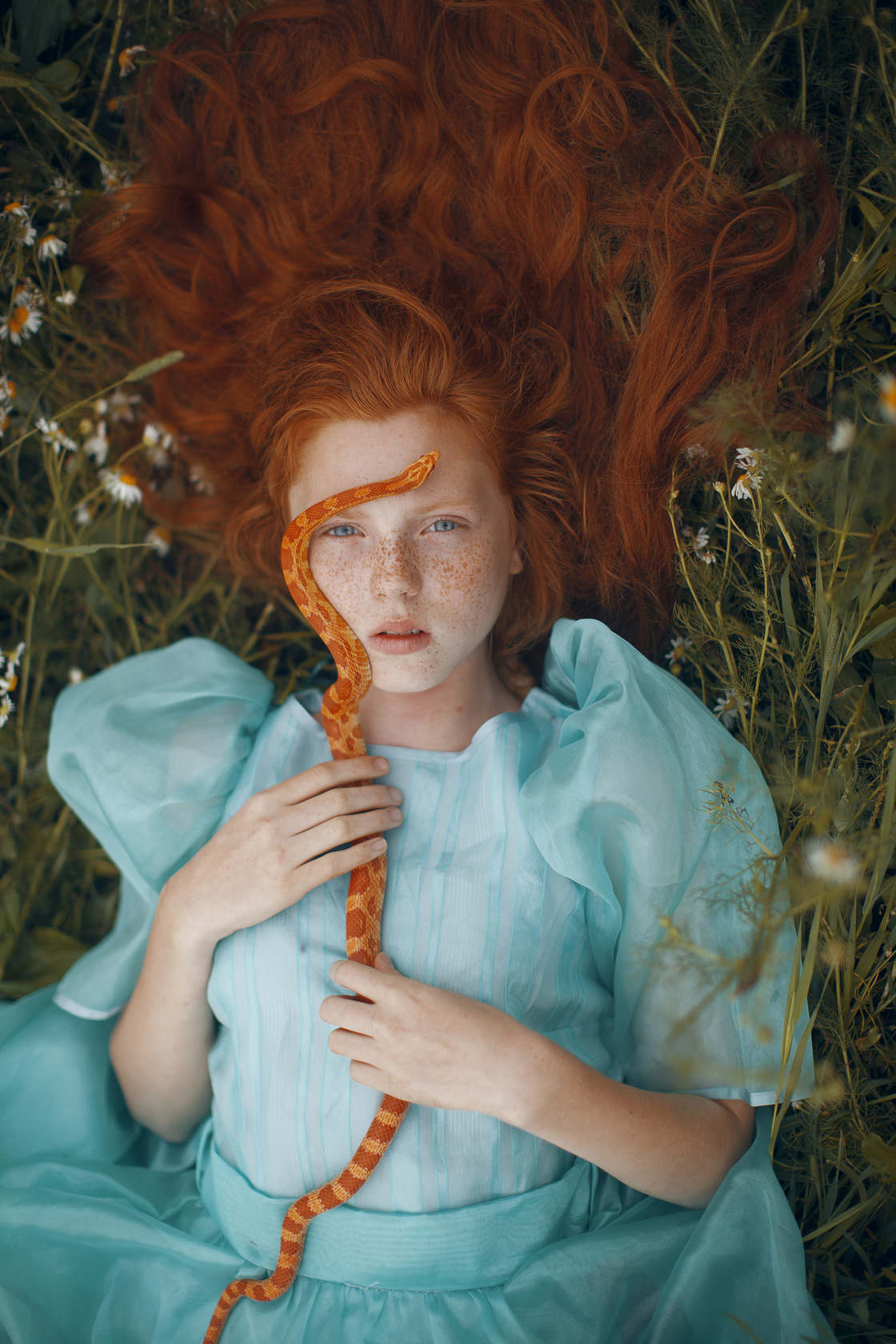 Moodboard – A tribute to the talent of these female photographers (18 pics)