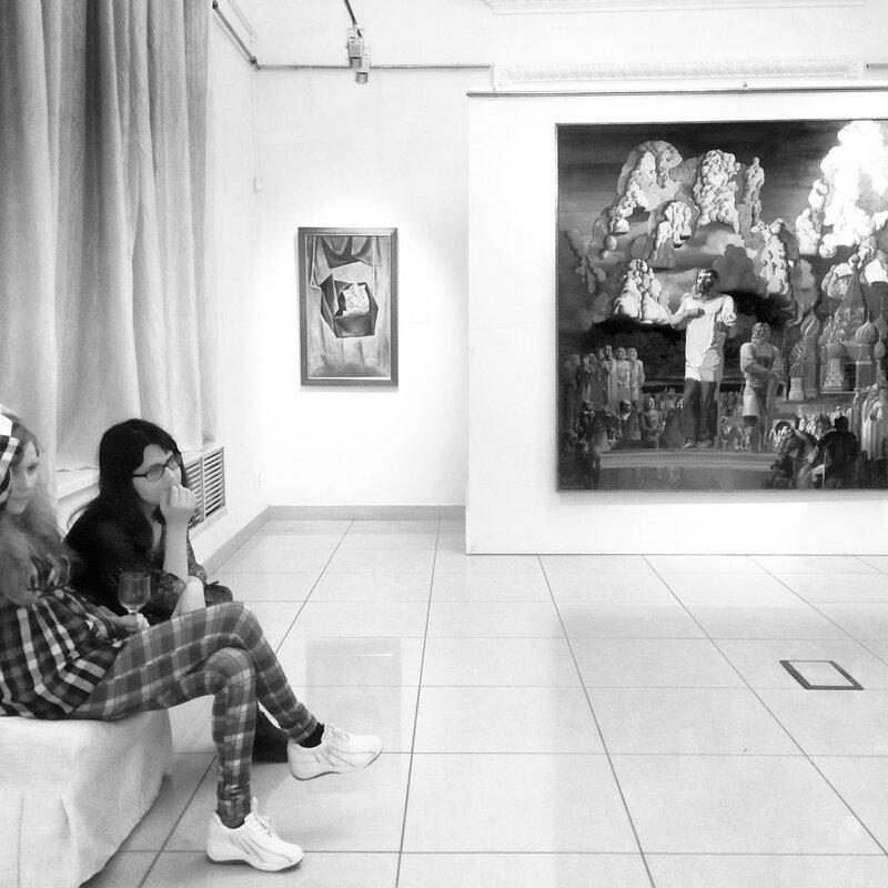 Второй приступ к выставке Новичкова
