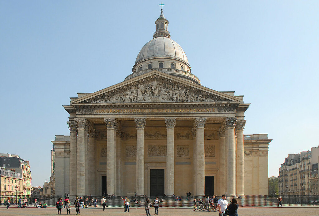 Пантеон-в-Париже-2.jpg