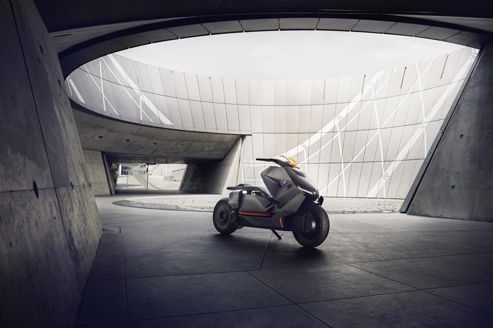 Концепт электроскутера  BMW Link