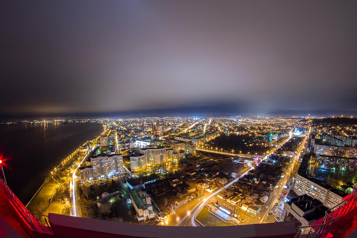 Вид на Саратов с крыши Елены