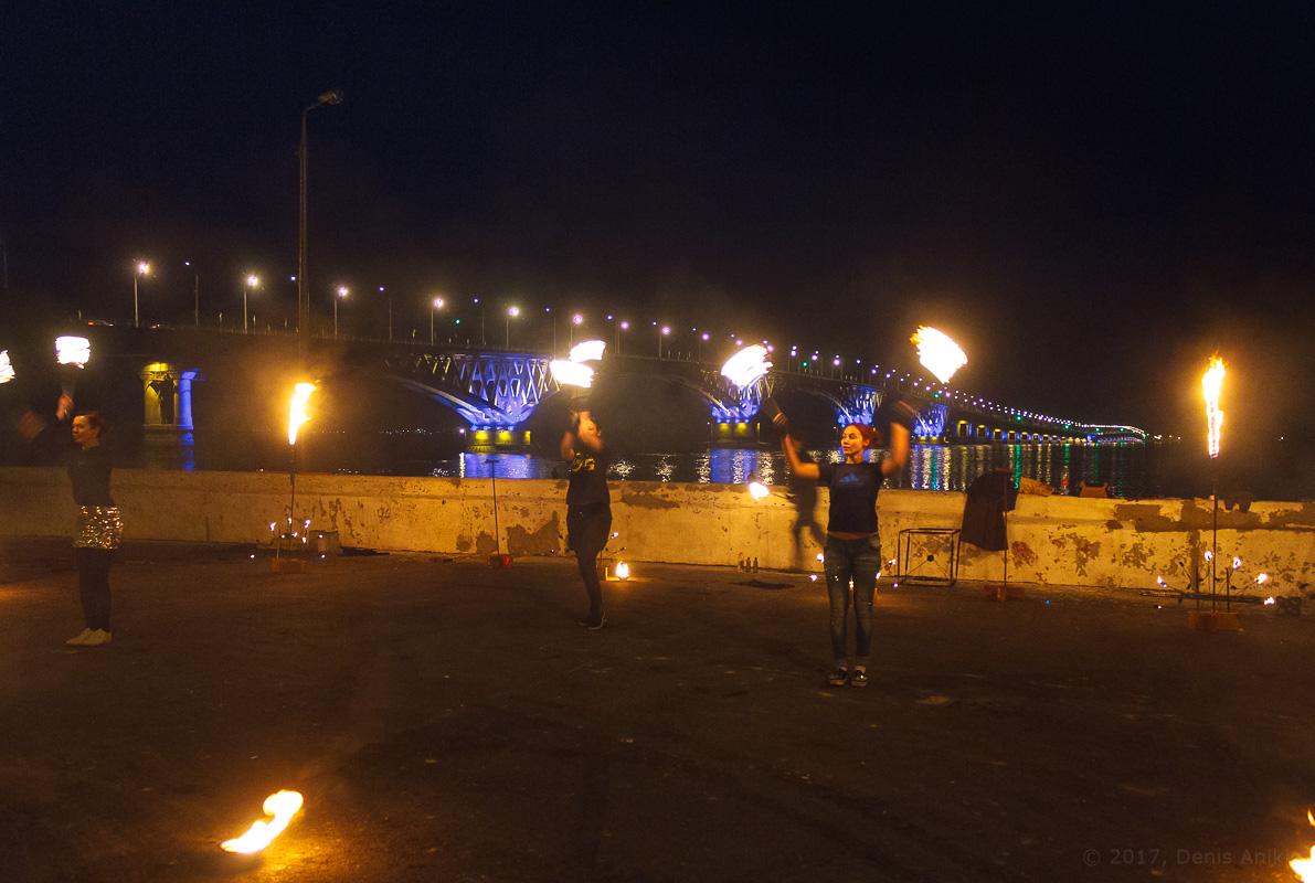 возвращение исторической подсветки на мост Саратов-Энгельс фото 1