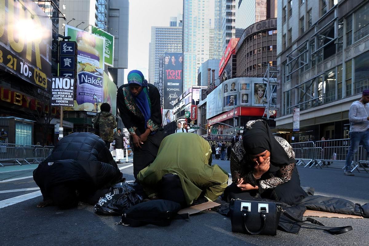 Да услышь меня, Аллах!: Вечерний намаз посреди нью-йоркских небоскребов