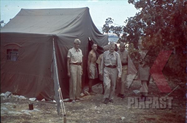 stock-photo-ww2-color-luftwaffe-field-division-2nd-lufllotte-tropical-luftwaffe-staff-officers-tent-zeltbahn-sicily-1943-8508.jpg