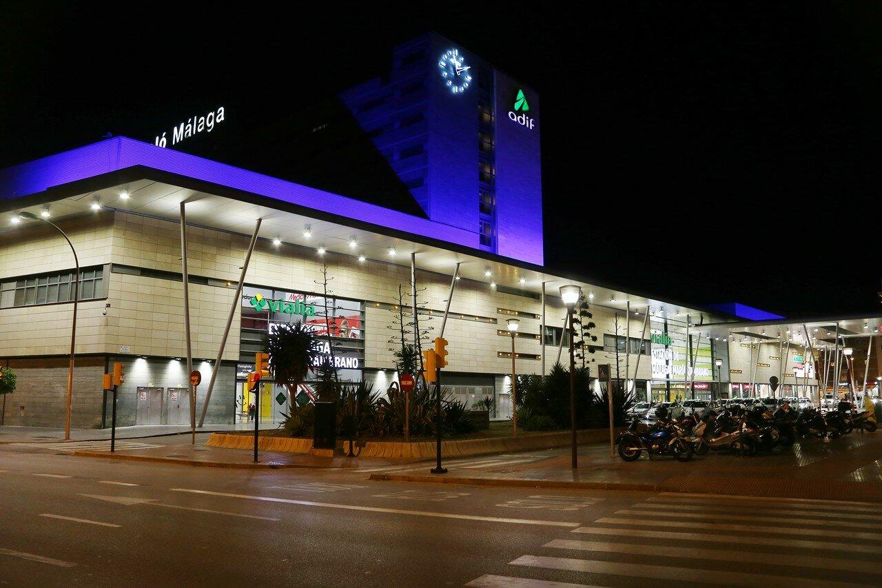 Ночная Малага. Вокзал Марии Самбрано