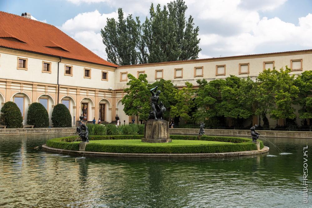 Prague 25.jpg