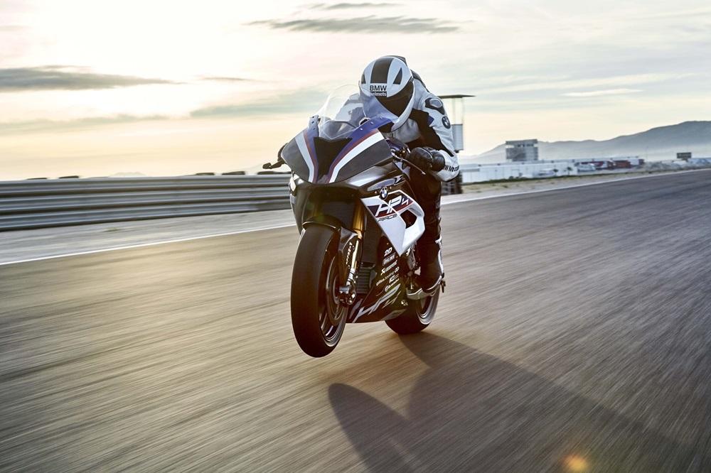 Ресурс двигателя BMW HP4 Race всего 5000 км
