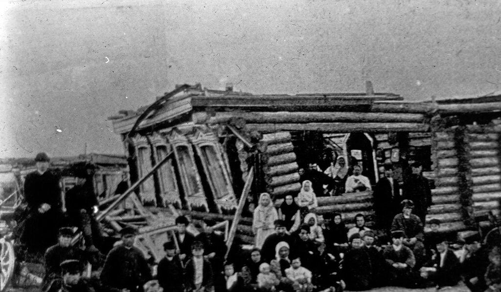 494826 Деревня Чагино. Чайная Генералова после урагана Стриженов М.Б..jpg