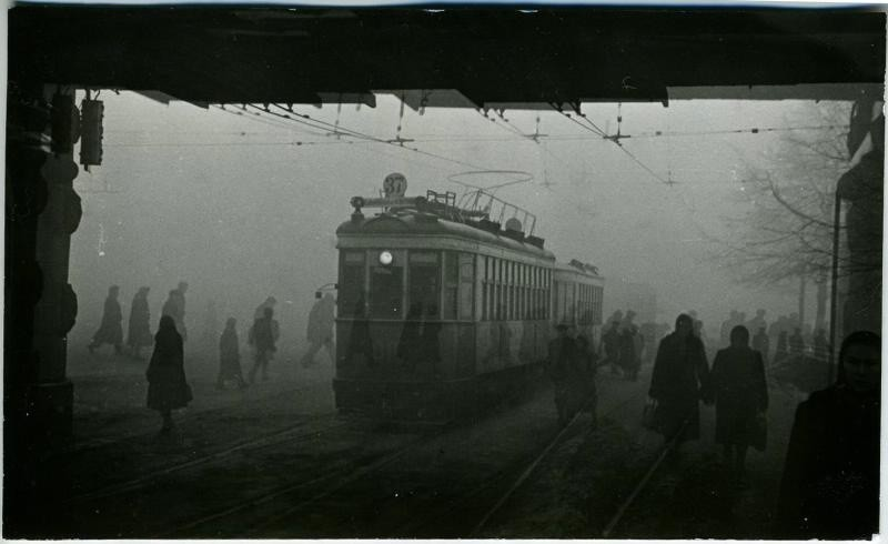 640604 Комсомольская площадь. Виктор Ахломов 1955.jpg