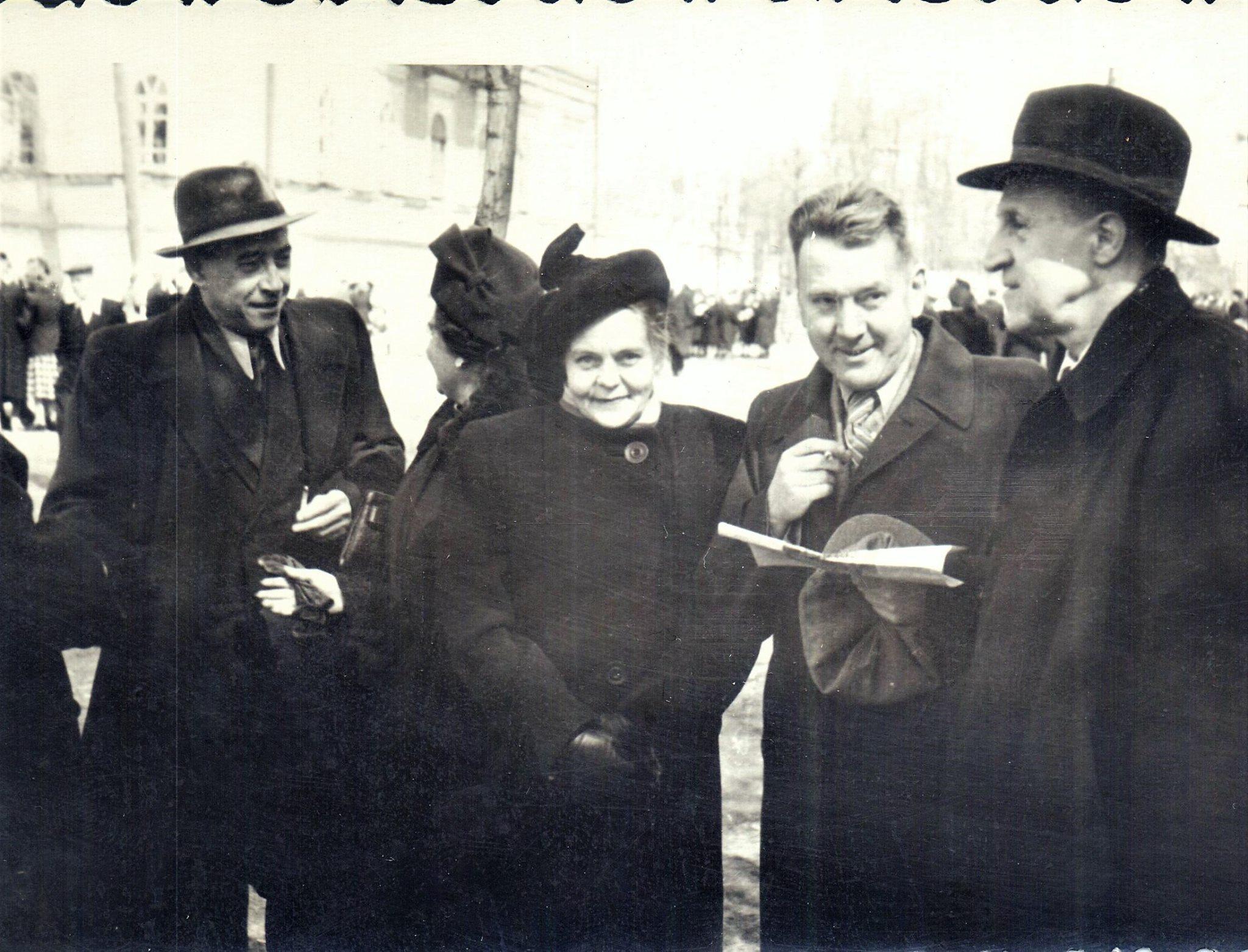 1954. Мединститут на демонстрации 1 мая
