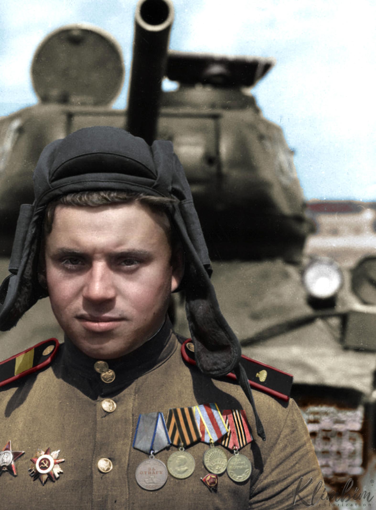 Гв. ст. сержант Советов Виктор Калистратович