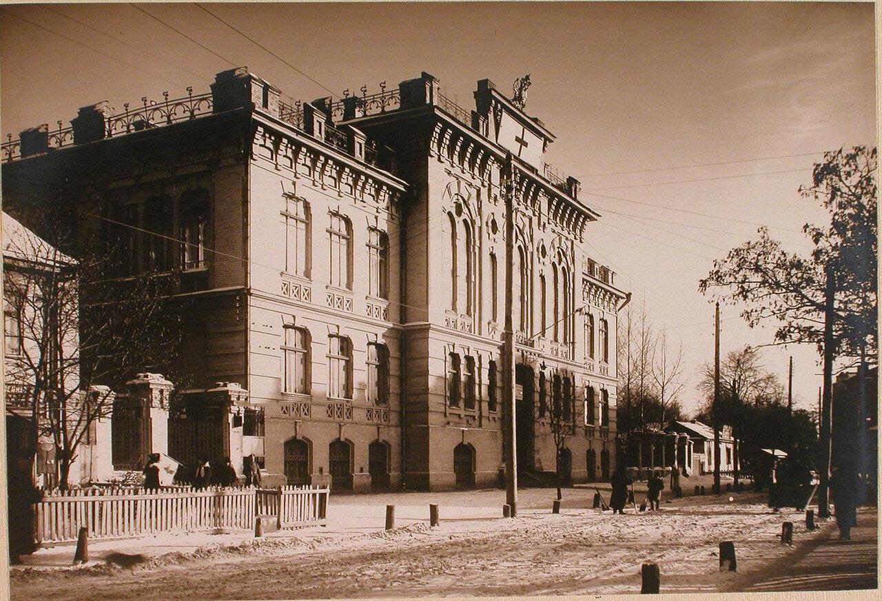 20. Общий вид здания Ремесленного училища, где размещался госпиталь №6