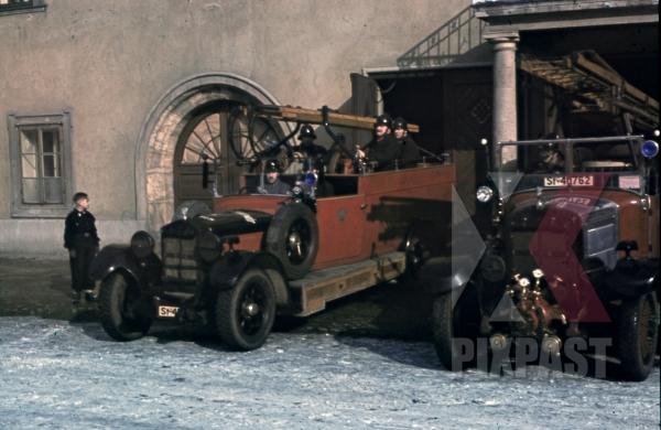 stock-photo-fire-brigade-trucks-in-leoben-austria-1938-9742.jpg