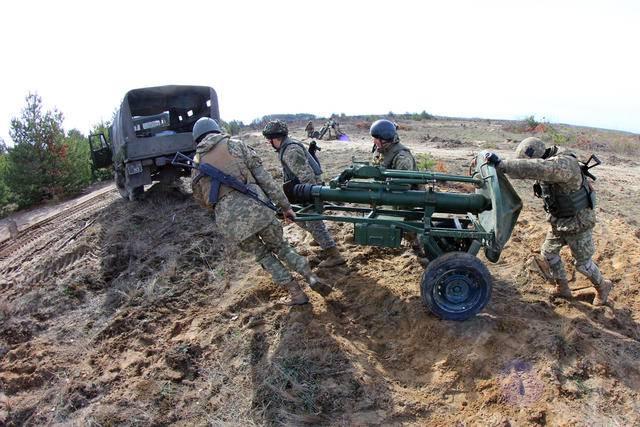 Минометчики провели на Черниговщине тактические учения с боевой стрельбой. ФОТОрепортаж