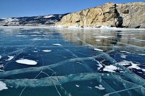 Лёд вразлёт.