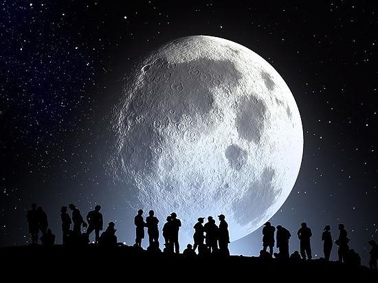 Уфологи заметили на Луне 130-метровый позвоночник