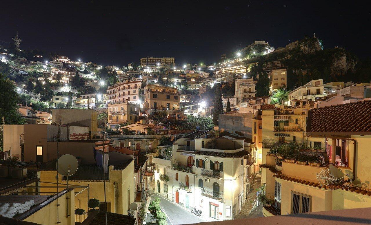 Night Taormina