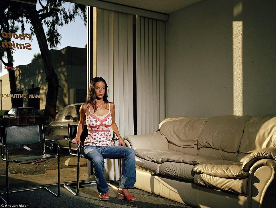 На этот фотопроект у Абрара ушло десять лет и шесть поездок в Голливуд.