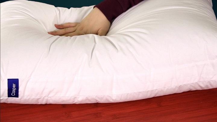 Компания по производству постельных принадлежностей Casper выдала 75-долларовую «отзывчивую» подушку