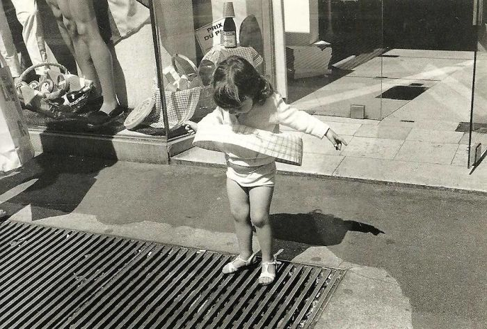historical-children-playing-photography-58a41781c32d9__700.jpg