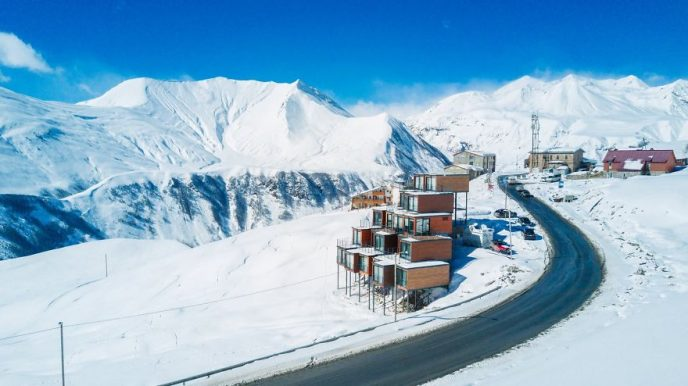 Quirky-shipping-container-hotel-at-2200-meters-above-sea-level-58b9312238a31__880-688x386.jpg