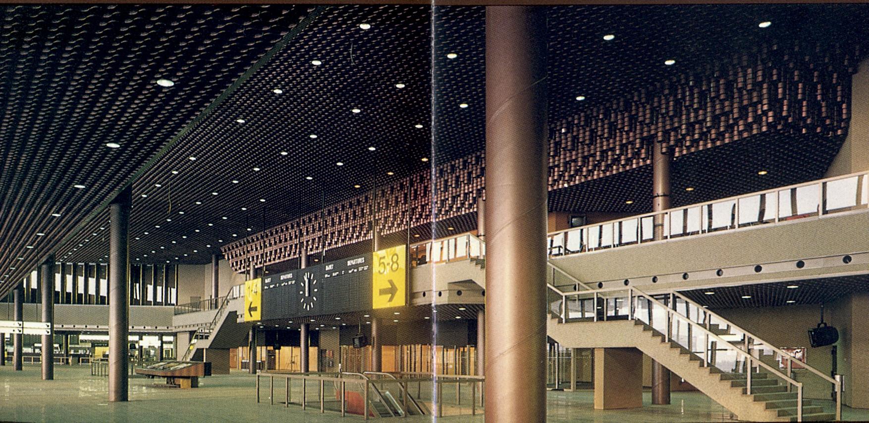 1980. Аэропорт «Шереметьево-2». Внутренний интерьер зала вылета