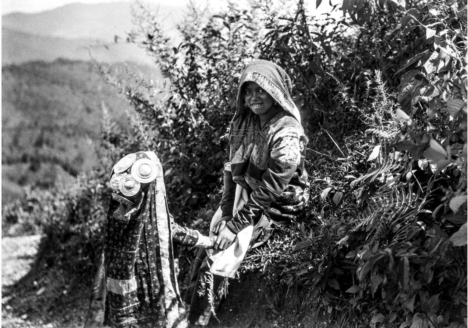 1002. Мать и ребенок